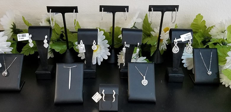 affordable jewelry gifts fagan diamond jewelers